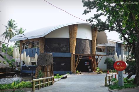 Saung Layaran