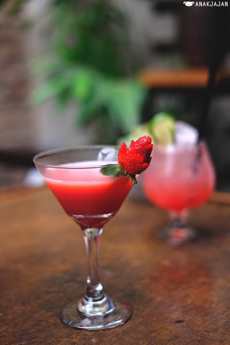 Strawberry Spring IDR 130k