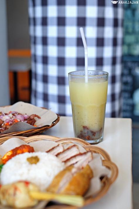 Kedondong Juice IDR 18k/
