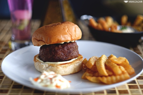 Beef Pocket Burger IDR 55k