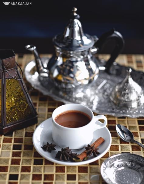 Adeni Tea