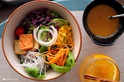 Mix Salad Bowl IDR 45k