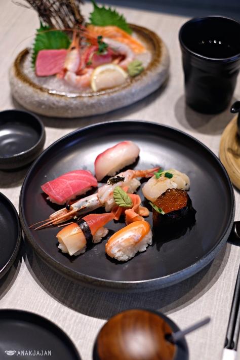 Sushi Moriawase IDR 220k
