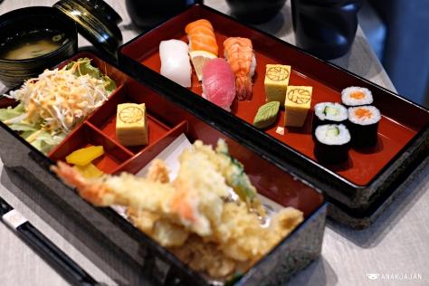 Sushi Bento IDR 115k