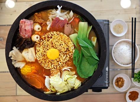 Korean Budae Jjigae IDR 215k(party), IDR 120k(date)