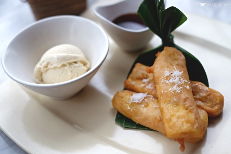 banana fritter with ice cream