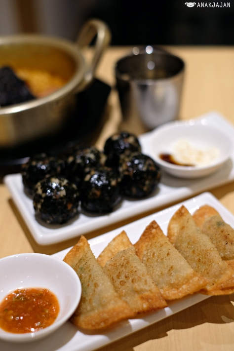 Fried Pork Dumplings IDR 30k/5 pcs