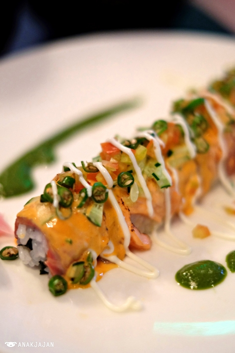 Spicy Salmon Samba Roll IDR 65.5k