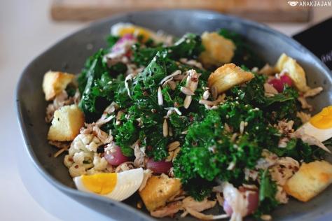 Kale and Quinoa Salad IDR 95k