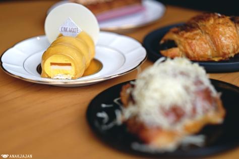 Mango Cake IDR 45k
