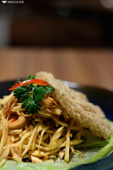 Mango Salad with Crispy Catfish IDR 35k