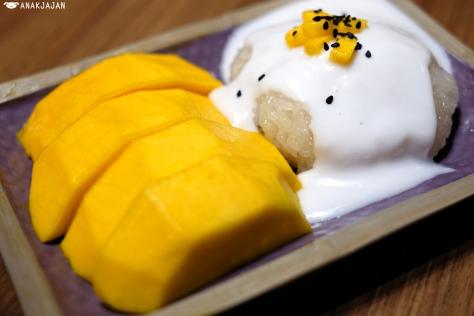Mango Sticky Rice IDR 39.5k