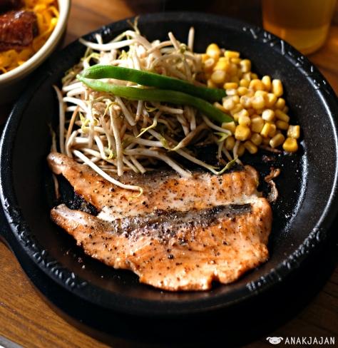 Teriyaki Double Salmon IDR 97.2k