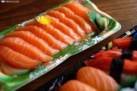 Salmon Sashimi IDR 59k