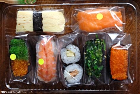 Tamago IDR 3k, Salmon IDR 6k, Tobikko IDR 3k, Chuka Wakame IDR 3k, Maki IDR 3k, Ebi IDR 6k Maki and Tobikko Orange & Black IDR 6k