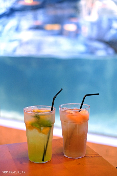 Melon & Lime Lemonade IDR 35k, Lychee Lemongrass Iced Tea IDR 38k
