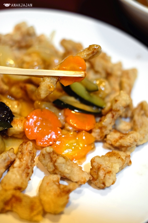 Sweet and Sour Pork (Tang Su Yuk) IDR 120k (small)