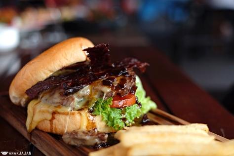 Jack Daniel's Burger IDR 119.9k
