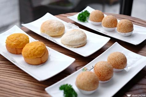 Can pao, Polo pao, Salted Egg Yolk Onde IDR 18k