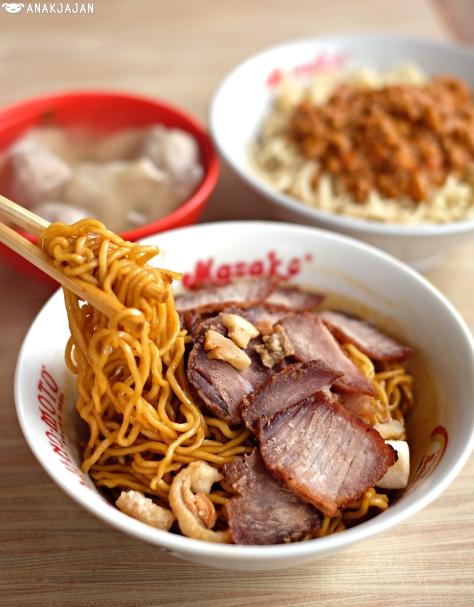 Mie Pedas Casao (Spicy Pork Charsiew Noodle) IDR 32k