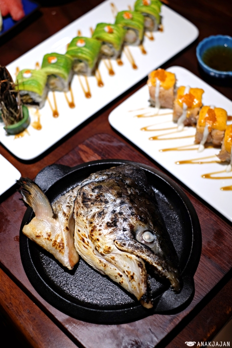 Salmon Head (Shio/Teriyaki) IDR 60.8k (ala carte) 86.8k (set)