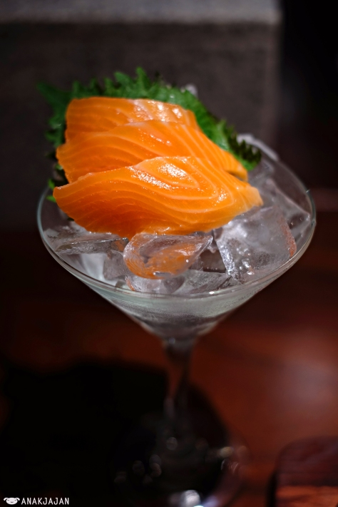 Sashimi Salmon IDR 20.8k