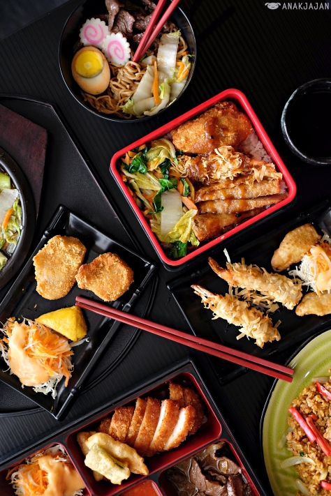 You Can Find Various Dishes Such As Ramen Teppan Yakimeshi And Bento With Special Taste That Has Beenored To Suit Indonesian Tastebuds