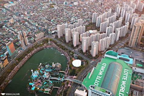 Korea seoul sky observatory lotte world tower anakjajan in seoul and south koreas tallest building lotte world tower ticket price for seoul sky observatory is krw 27k for adult or krw 24k for children gumiabroncs Images