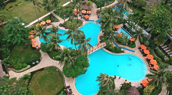 STAYCATION at Shangri-La Hotel Jakarta + Hotel Booking Tips